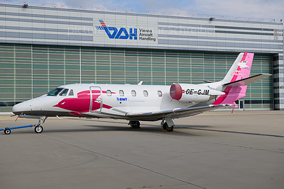 2019-10-07 OE-GJM Cessna 560XL Pink Sparrow