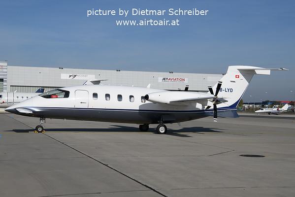 2021-10-19 HB-LYD Piaggio P180