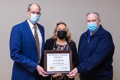 011421 Gordon Center Dr Motola Award-104