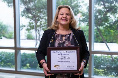 011421 Gordon Center Dr Motola Award-114
