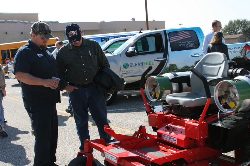 Fleets check out propane powered mowers at the Moving Texans with Propane show in Temple, TX.