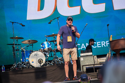 2-11-17 Dolphins Cancer Challenge DCCVII-443