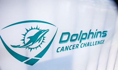 2-11-17 Dolphins Cancer Challenge DCCVII-954