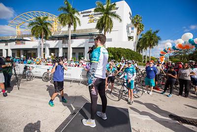 2-11-17 Dolphins Cancer Challenge DCCVII-739