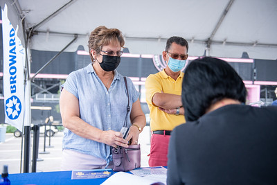 Broward Health Vaccination Distribution Fort Lauderdale (106 of 40)