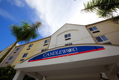 CANDLEWOOD SUITES FORT MYERS Exteriors001