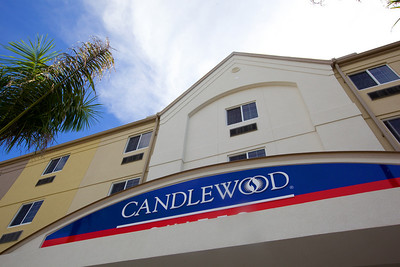 CANDLEWOOD SUITES FORT MYERS Exteriors003
