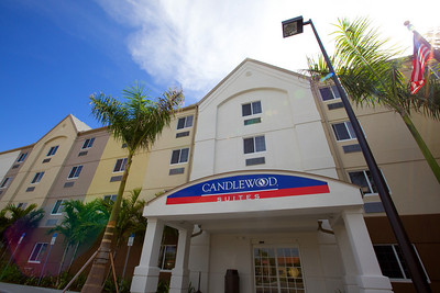 CANDLEWOOD SUITES FORT MYERS Exteriors005