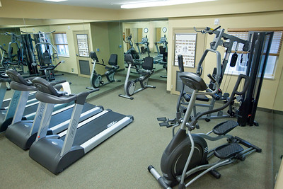 CANDLEWOOD SUITES FORT MYERS Gym007
