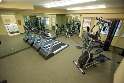 CANDLEWOOD SUITES FORT MYERS Gym006