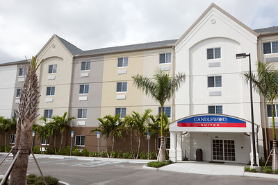 CANDLEWOOD SUITES FORT MYERS NEW EXTERIOR SHOTS (9)