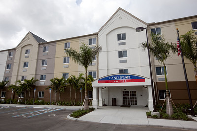 CANDLEWOOD SUITES FORT MYERS NEW EXTERIOR SHOTS (8)
