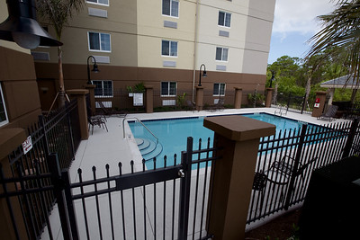 CANDLEWOOD SUITES FORT MYERS NEW EXTERIOR SHOTS (16)