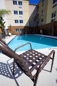 CANDLEWOOD SUITES FORT MYERS Pool010