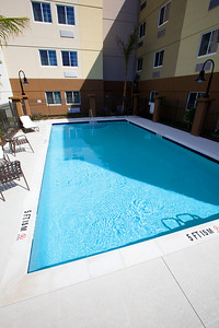 CANDLEWOOD SUITES FORT MYERS Pool009