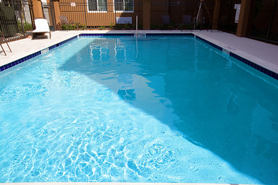 CANDLEWOOD SUITES FORT MYERS Pool003