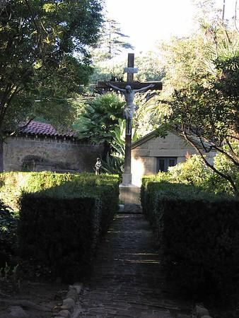 """2201<br /><a href=""""http://www.smugmug.com/gallery/16922897_vtWk3F#1279028493_pR5vjxV"""">_View more photos from this location</a>"""
