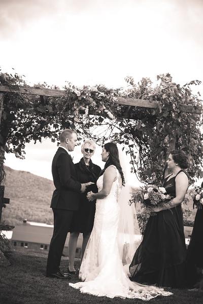 Michelle & Joe (b&w) 10 04 19-343