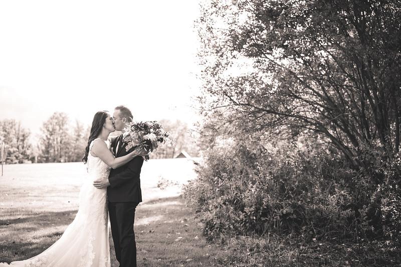 Michelle & Joe (b&w) 10 04 19-141