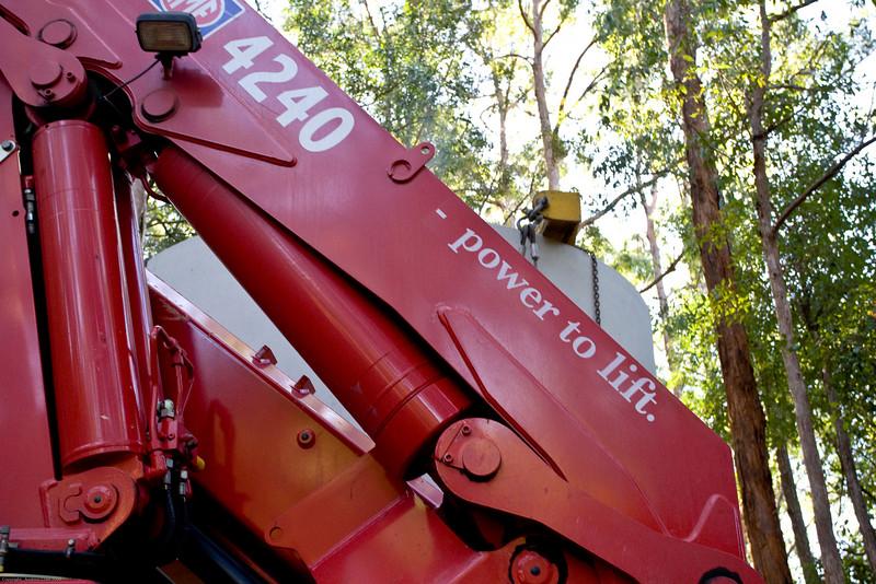 crane-n-carry 13-07-09-39