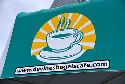 Devine's Ribbon Cutting 9/27/2016