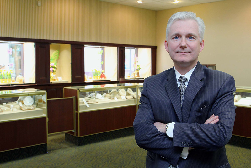 Owner of Duvarney Jewelers Steven Duvarney talks about his shop on Main Street in Fitchburg on Monday afernoon. SENTINEL & ENTERPRISE/JOHN LOVE