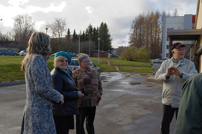 visit by pensioners to Cecis buildings