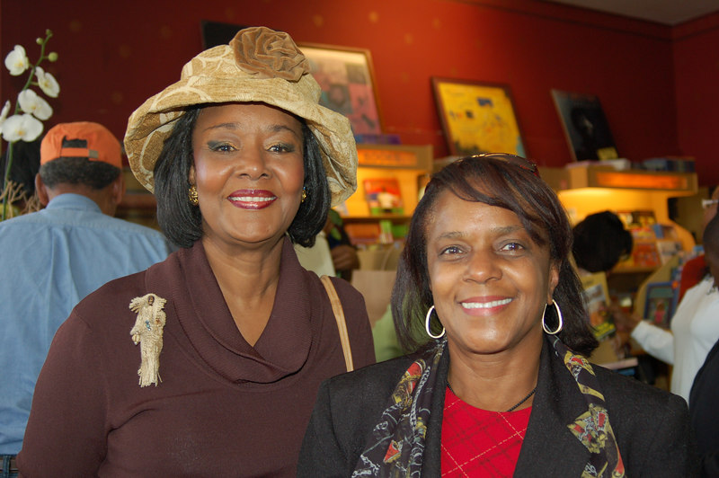 Professor Gwen Thomas and Dr. Vanita Nicholas, Chair of the Business Department at West Los Angeles College.