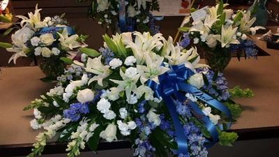 Strack & Van til floral department