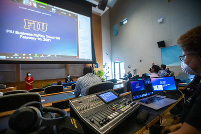 021621 FIU Business Town Hall-225