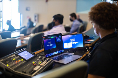 021621 FIU Business Town Hall-219