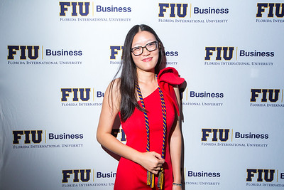 8-12-17 FIU Business MSF Graduation-102