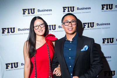 8-12-17 FIU Business MSF Graduation-103