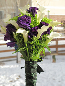 January 2010 - Brides bouquet front view