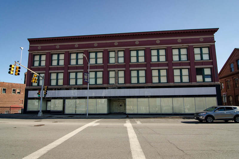 Looking to attract a young professional demographic, local developer Krikorian Enterprises will put the former Harper Furniture building to new use next year as 66 units of market-rate housing. SENTINEL & ENTERPRISE / Ashley Green