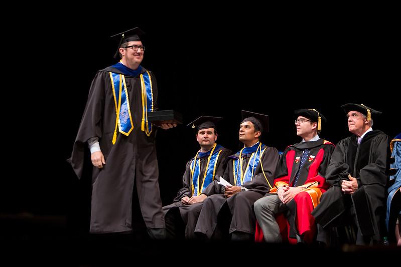 20160606-Foster-ETMMGEMBA-Graduation-107