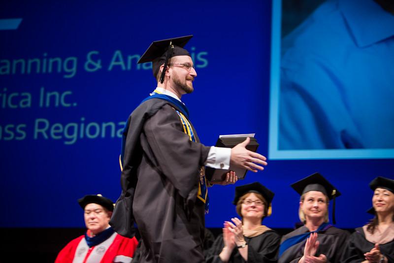 20160606-Foster-ETMMGEMBA-Graduation-085