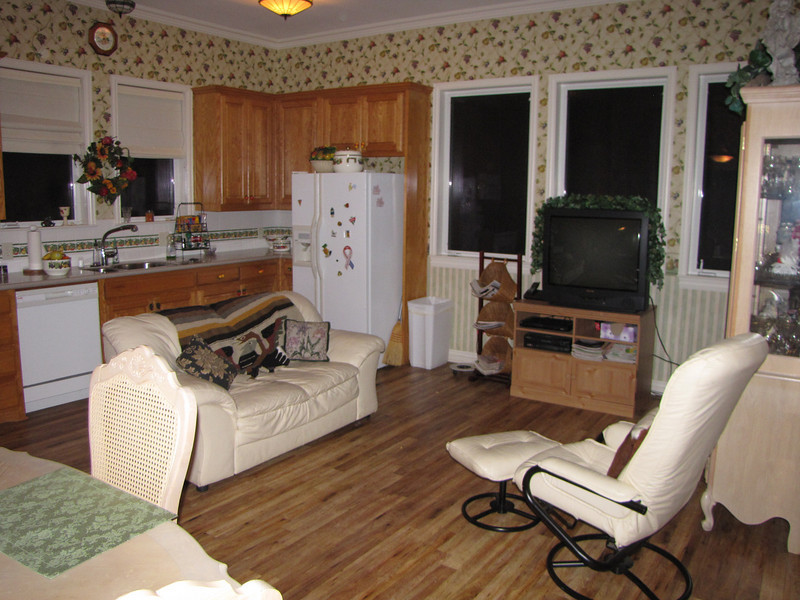 Comfy leather couch and chair Green Acres Garden B&B - Luxury in the country! Private Cottage on Lake Lavon...
