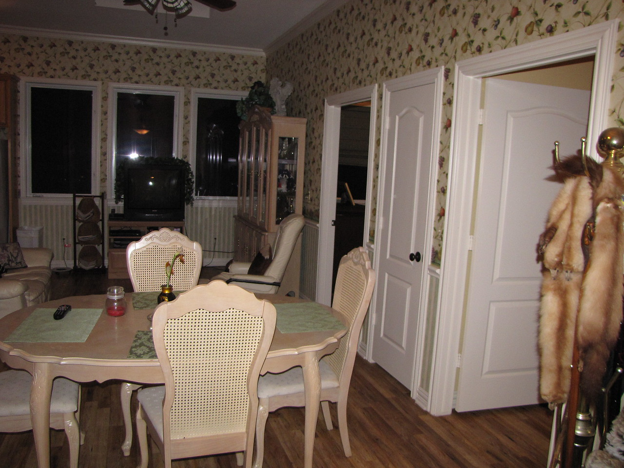 Dining area with Bedrooms and Linen closet on the right Green Acres Garden B&B - Luxury in the country! Private Cottage on Lake Lavon...