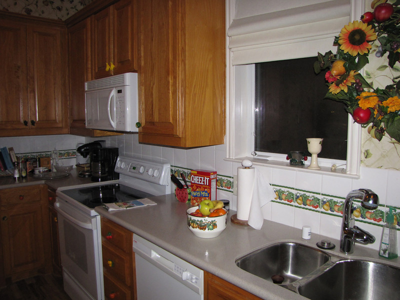 Kitchen Green Acres Garden B&B - Luxury in the country! Private Cottage on Lake Lavon...