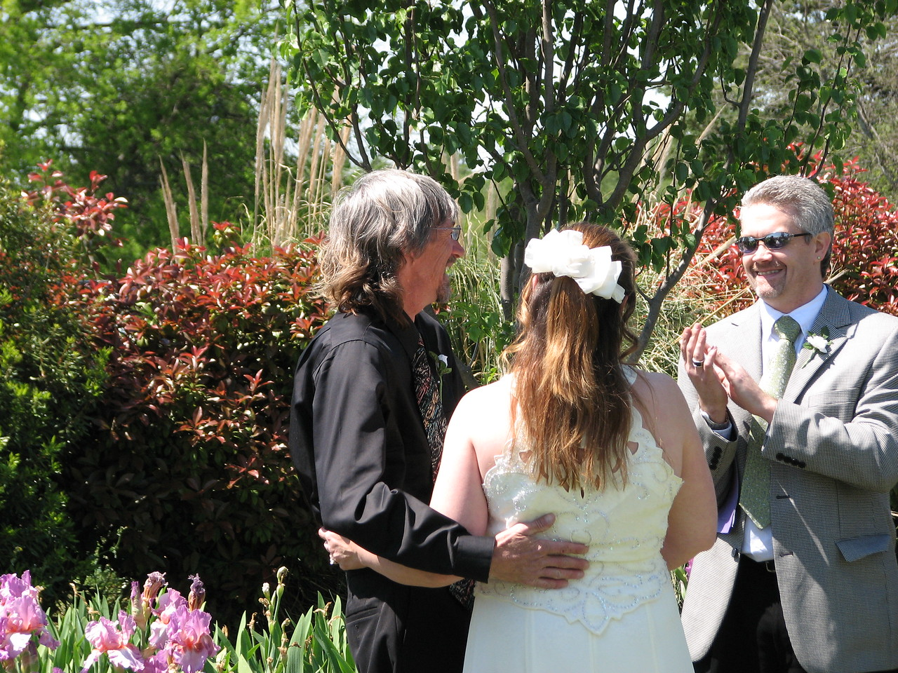 Come and get married at our home & Garden!! Green Acres Garden B&B - Luxury in the country! Private Cottage on Lake Lavon...