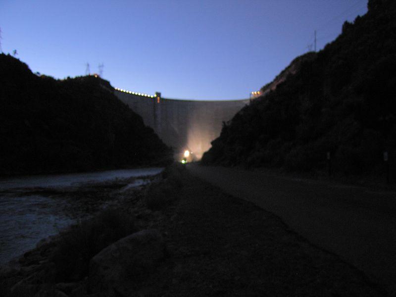 The dam at night