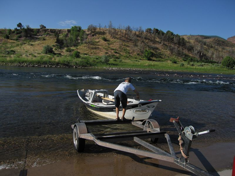J.D., our guide for the day, unloading his drift boat