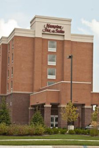 Hampton Inn & Suites Ribbon Cutting December 8, 2010