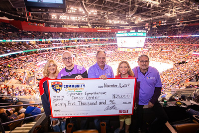 111619 Hockey Fights Cancer-171