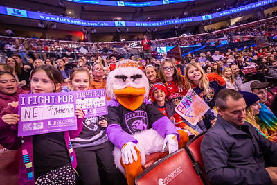 111619 Hockey Fights Cancer-179