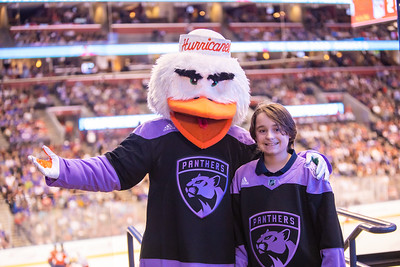 111619 Hockey Fights Cancer-176
