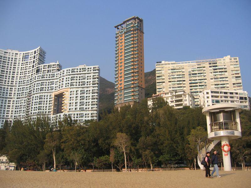 Resorts on Repulse Bay