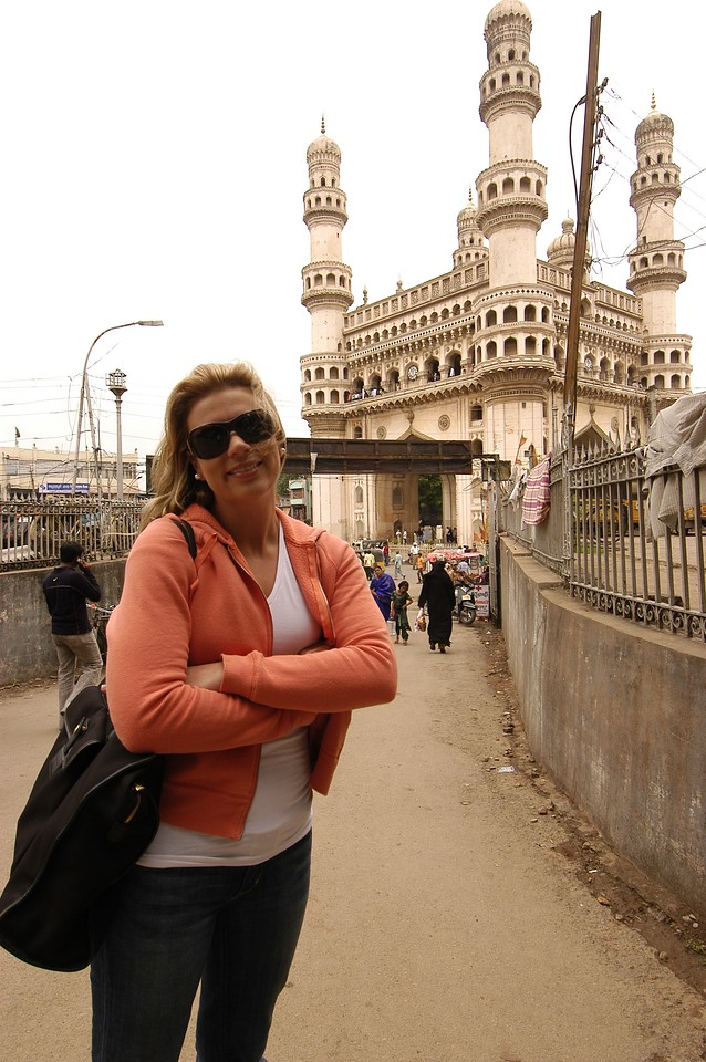 Alison in front of 'Four Pillars' in Old Hyderabad