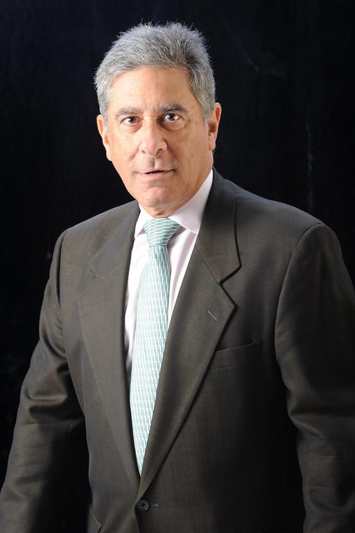 Andrew D. Levine KINGofQueens